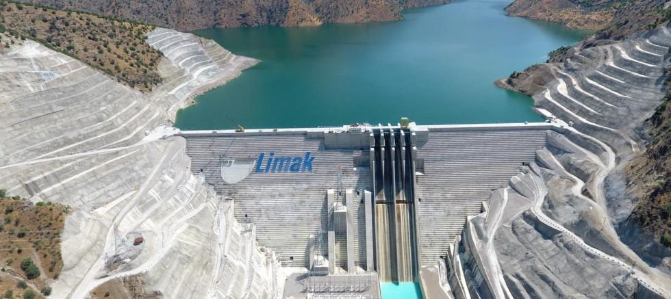 Avrupa'nın en büyük RCC barajı açılıyor
