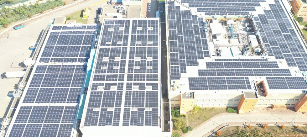 Escon enerji Novartıs'in iki fabrikasına güneş enerji sistemi kurdu