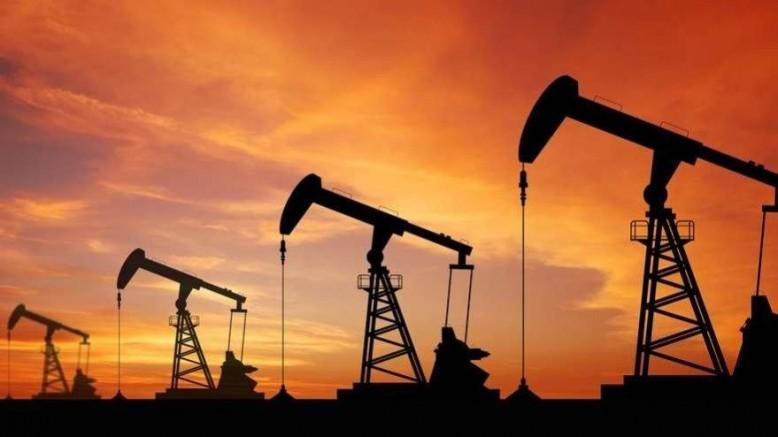 Petrol fiyatları yüzde 3.0 düştü