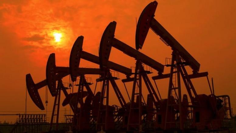 Petrol iki buçuk yılın zirvesinde