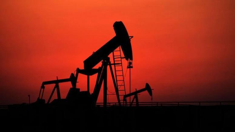 Petrolde düşen stoklar kayıpları durdurdu