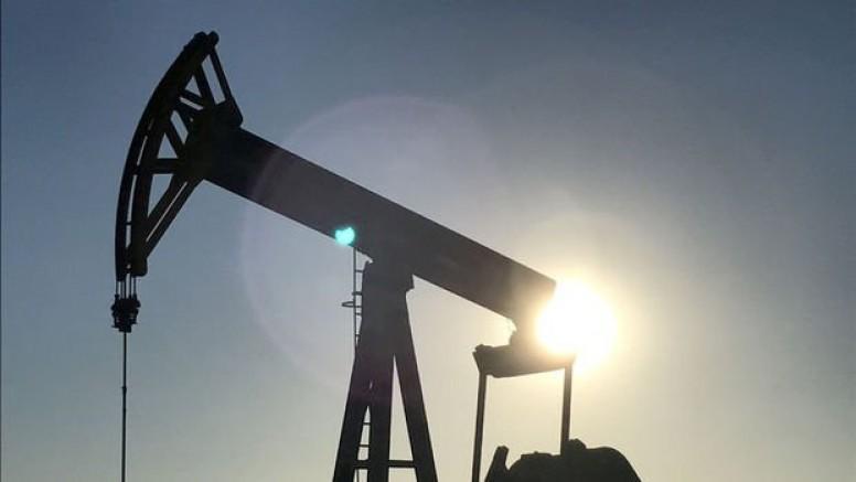 Petrole 'İran anlaşmazlığı' desteği