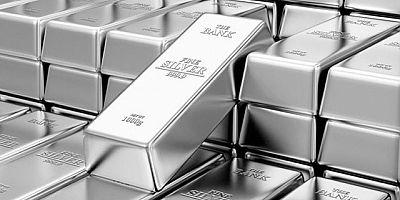 Altın ve gümüş rekor düzeylerde