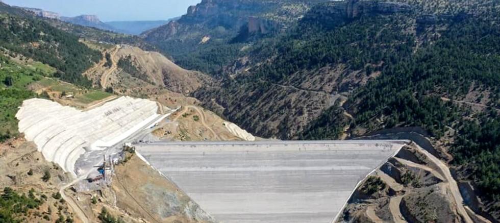 Üç baraj Mersin'e can suyu verecek