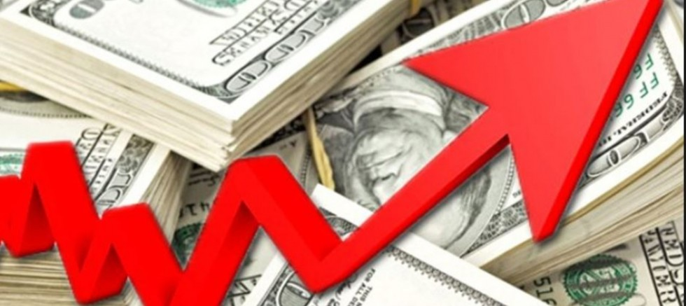 Üç yılın rekoru: Dolar 6.10