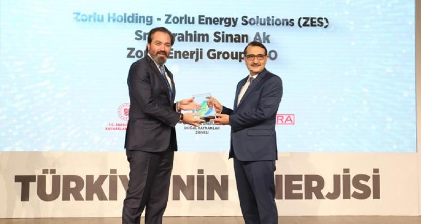 Zorlu Enerji'nin ZES markası 'Enerjimiz Geleceğimiz' ödülünü aldı
